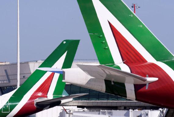 """""""Reuters""""/""""Scanpix"""" nuotr./""""Alitalia"""" lėktuvai"""