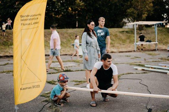 """Martyno Plepio nuotr./""""Fluxus Labas!"""" kiemas Kuršių gatvėje Kaune"""