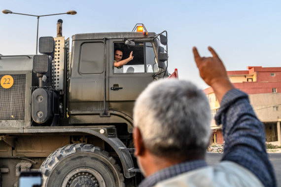 """AFP/""""Scanpix"""" nuotr./Turkijos pajėgos pradėjo karinę operaciją kurdų kontroliuojamoje Sirijos šiaurėje"""