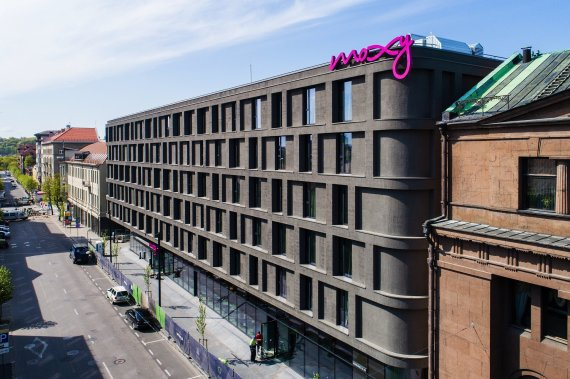 """Apex Alliance Hotel Management"" nuotr. /""Marriott"" grupės ""Moxy"" viešbutis Kauno centre"