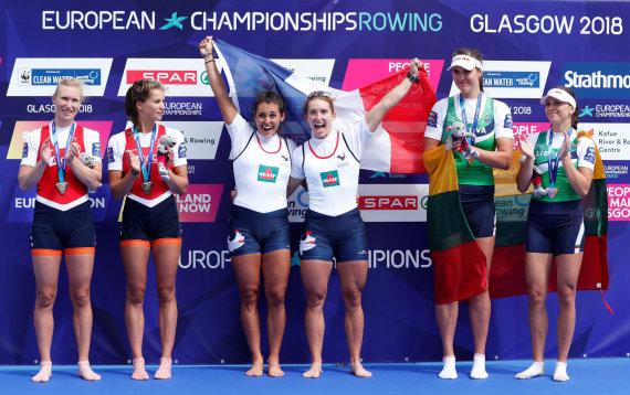 """""""Scanpix"""" nuotr./Milda Valčiukaitė ir Ieva Adomavičiūtė Europos čempionate iškovojo bronzą"""