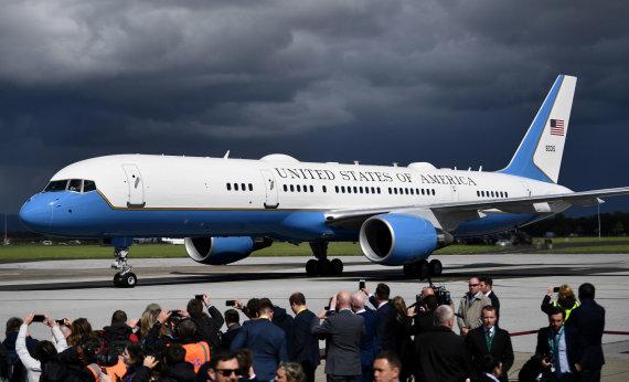 """AFP/""""Scanpix"""" nuotr./JAV prezidento lėktuvas – taip pat """"Boeing 747"""", tik labai modifikuotas"""