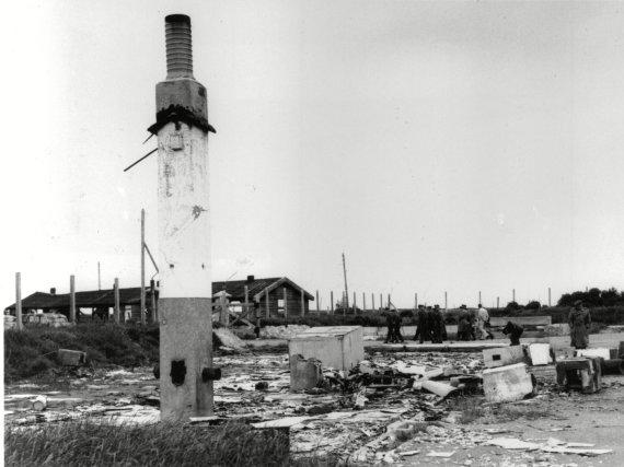 Vida Press nuotr./Buvusios Sylto koncentracijos stovyklos griuvėsiai, nufotografuoti 1945 m.