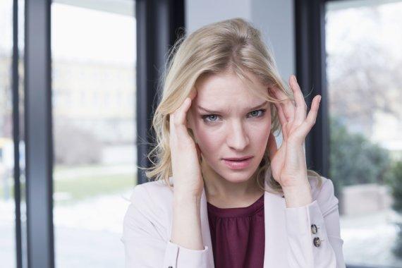 Vida Press nuotr./Moteriai skauda galvą