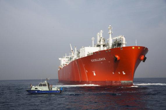 """""""Reuters""""/""""Scanpix"""" nuotr./Suskystintas gamtines dujas gabenantis laivas"""