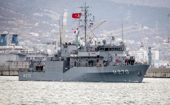 """AFP/""""Scanpix"""" nuotr./Turkijos karo laivas"""