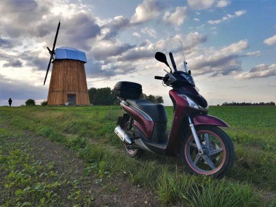 Gintarės Januševičienės nuotr./Paradoksas – motociklas, varomas dujomis