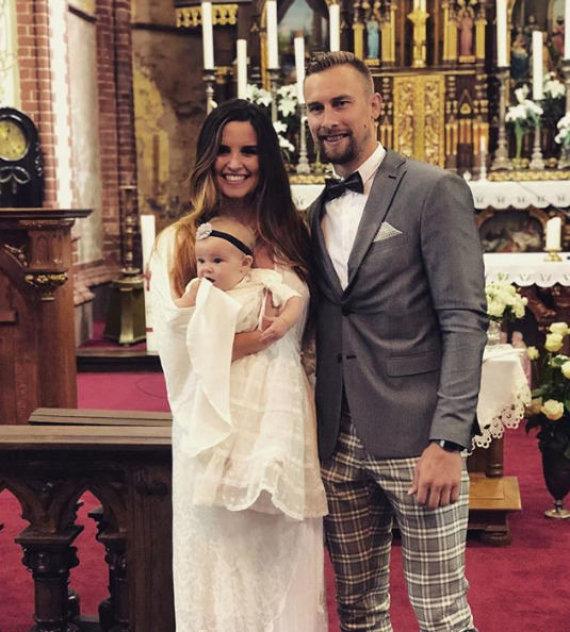 Asmeninio albumo nuotr./Deividas Dulkys su žmona McCall Maynor pakrikštijo dukrą