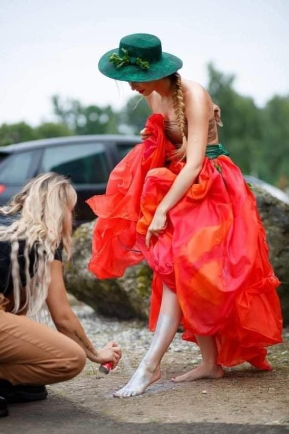 """Inge la fotografija nuotr./Ingos Bagdonaitės-Balevičienės KIGSA organizuotam vasaros festivaliui-konkursui """"Flowers Paradise 2020"""" sukurtas """"Modernios aguonos"""" įvaizdis"""