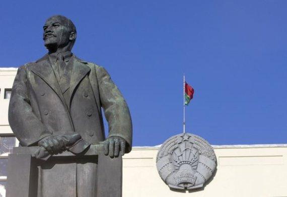 """Reuters""/""Scanpix"" nuotr./Paminklas Leninui"