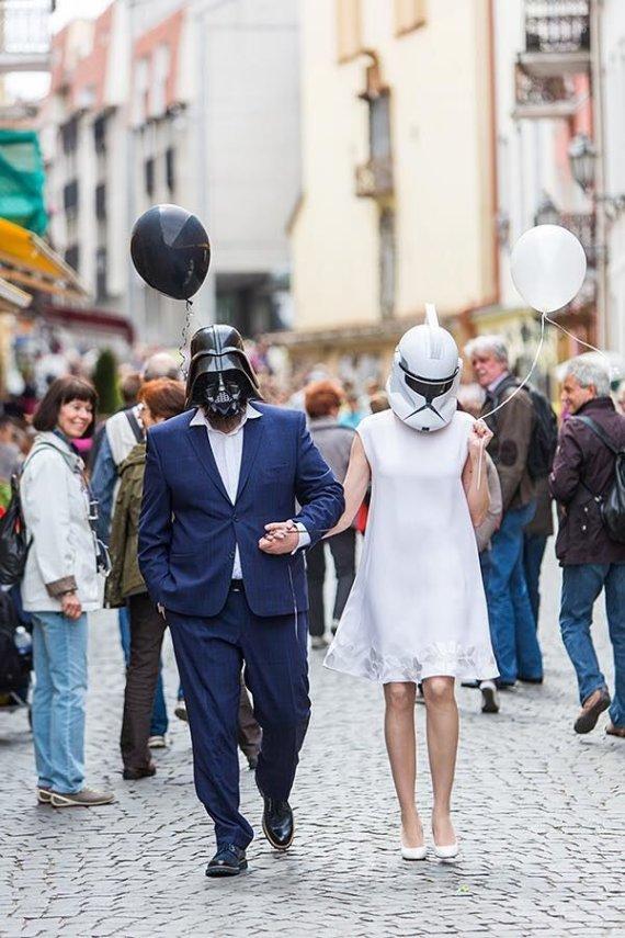 Ado Vasiliausko nuotr./Laimonas Kirkutis ir Jurga Ramanauskaitė savo vestuvių dieną