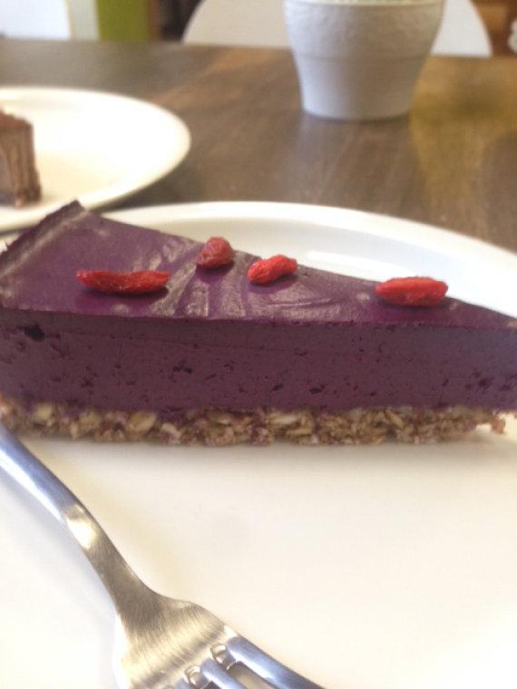 Dariaus Katino nuotr./Mėlynių tortas