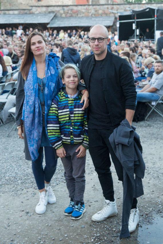 Luko Balandžio / 15min nuotr./Jurga Šeduikytė ir Vidas Bareikis su sūnumi