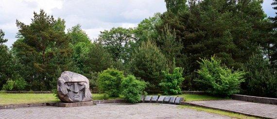 Nuotrauka iš oficialios Neringos turizmo informacijos svetainės/Paminklas sovietiniams kariams Neringoje