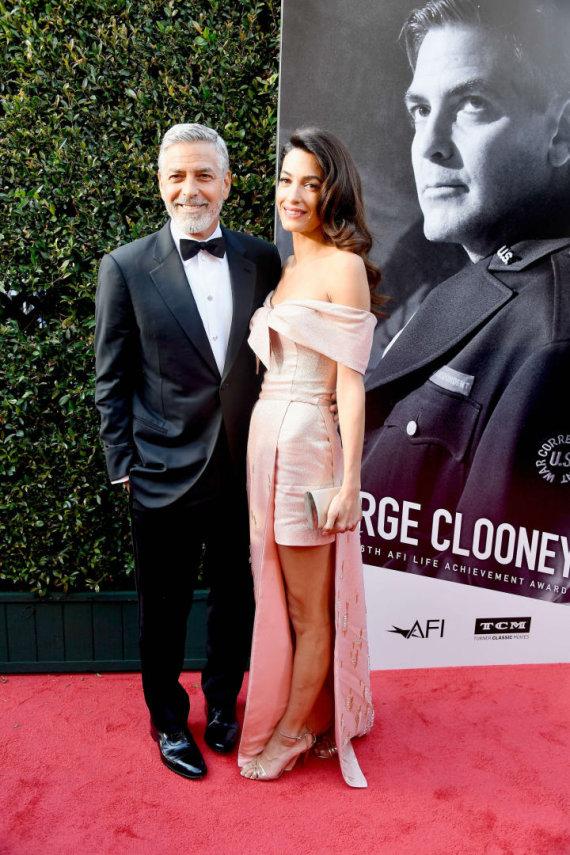 """AFP/""""Scanpix"""" nuotr./George'as Cloony ir Amal Clooney"""