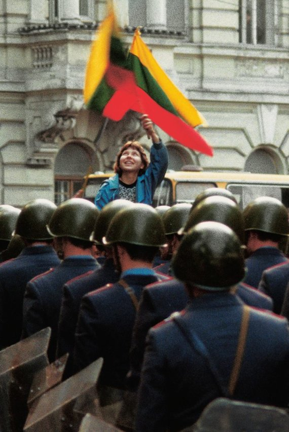 Zino Kazėno nuotr./1988 m. rugsėjo 28 d. LLL mitingas Katedros aikštėje Vilniuje