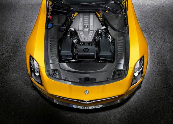 """Mercedes-Benz"" nuotr./""Mercedes-Benz SLS AMG Black Series"" variklis"