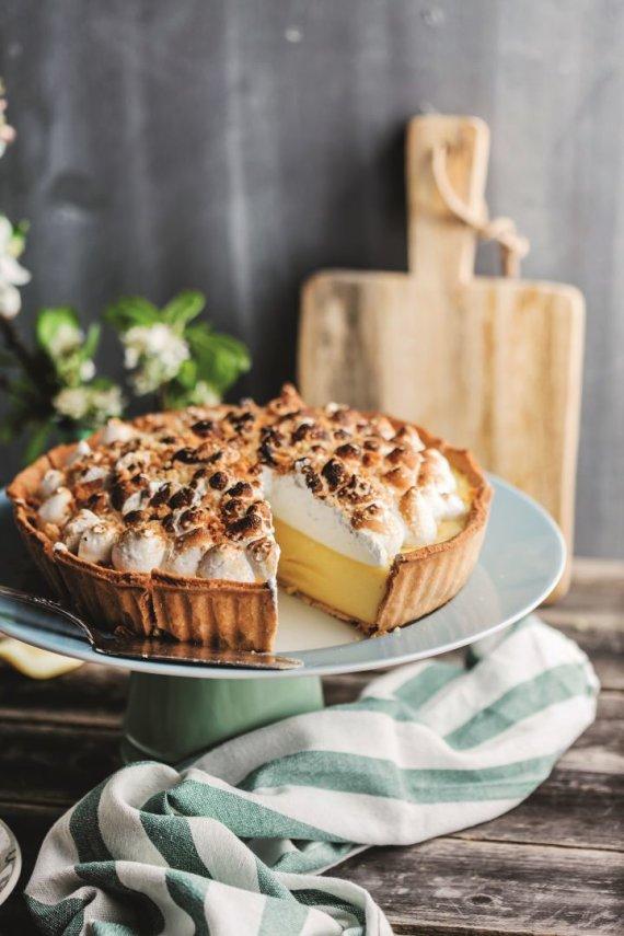 Shutterstock nuotr. /Morenginis citrinų pyragas