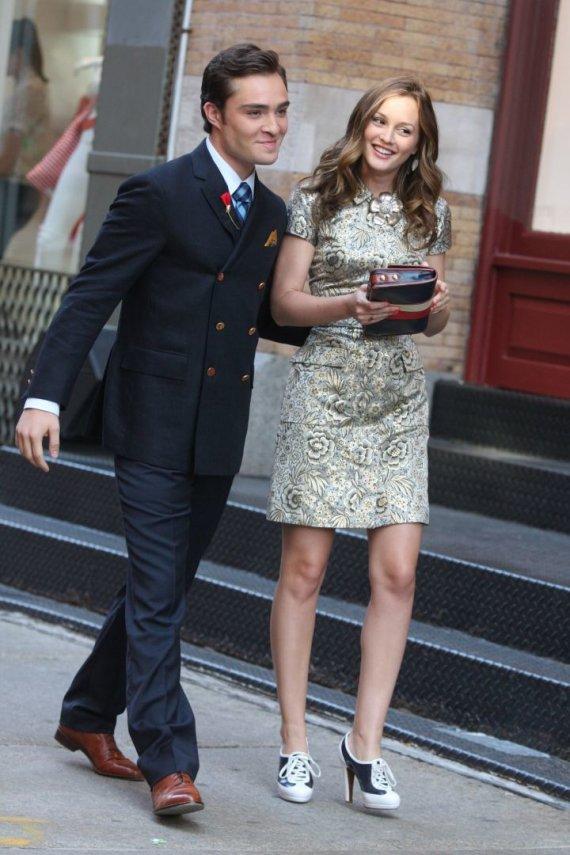 """""""Scanpix"""" nuotr./Edas Westwickas ir Leighton Meester """"Gossip Girl"""" filmavimo aikštelėje (2009 m.)"""