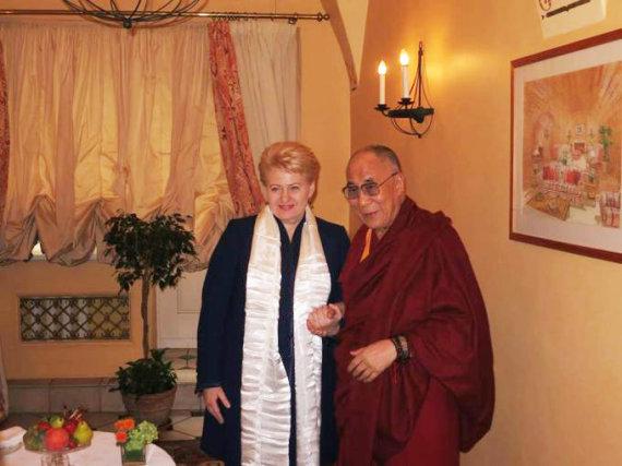 Džojos Barysaitės nuotr. /Dalia Grybauskaitė ir Dalai Lama (2013 m.)