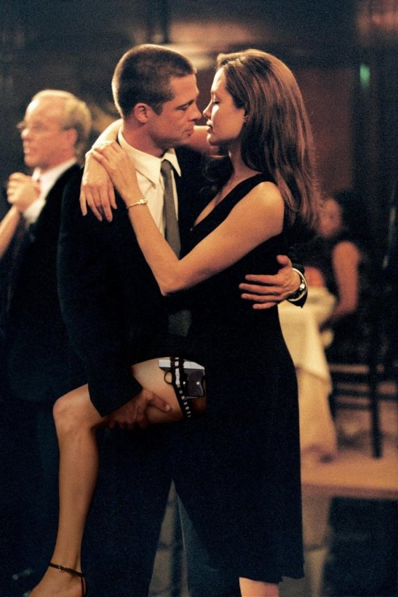 """Vida Press nuotr./Angelina Jolie ir Bradas Pittas filme """"Ponas ir ponia Smitai"""""""