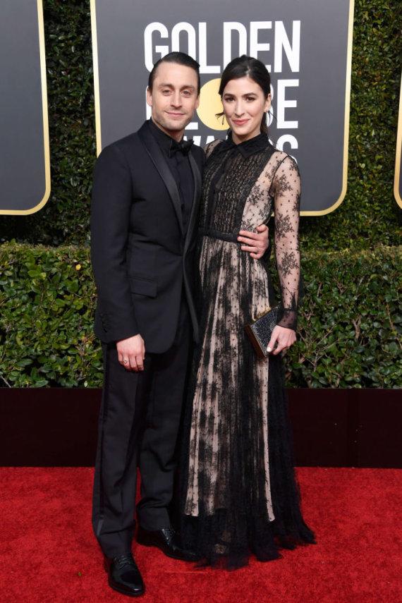 """AFP/""""Scanpix"""" nuotr./Kieranas Culkinas su žmona Jazz Charton"""