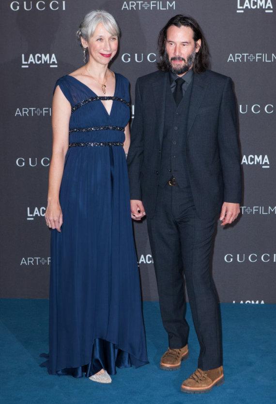 Vida Press nuotr./Holivudo aktorius Keanu Reevesas su mylimąja Alexandra Grant