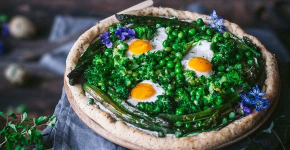 Velykoms prie stalo – naminis majonezas, iškylai – pavasariškas nesaldus pyragas
