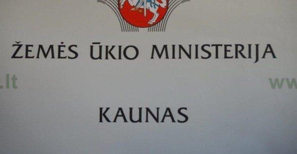 """""""Valstiečiai"""" neatlyžta: Vyriausybės dokumente atsirado ŽŪM kėlimo į Kauną terminas"""