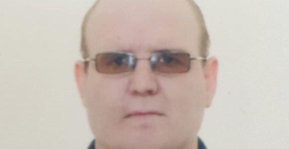 Skolų turintis Osvaldas Ronkauskas užsiaugino barzdą, numetė svorio ir nuo visų pasislėpė