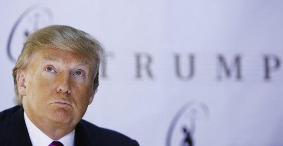 """Šiaurės Korėja grasina Donaldą Trumpą pradėti vadinti """"senu nuokvaka"""""""