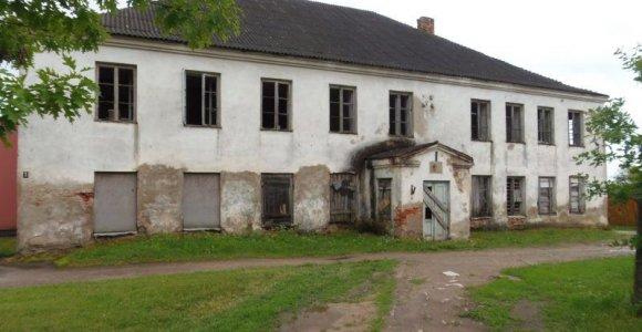Šėtoje už 3 tūkstančius eurų parduodamas sinagogos pastatas