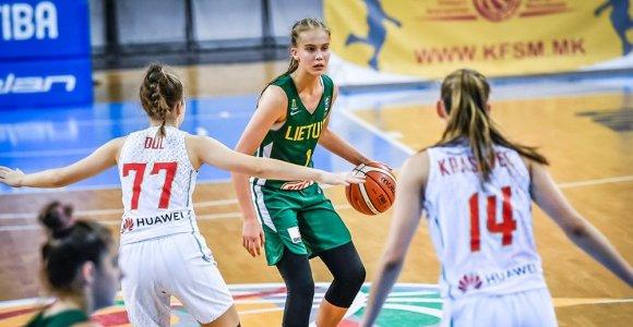 Trylikmetė J.Jocytė pakviesta į Lietuvos moterų rinktinę