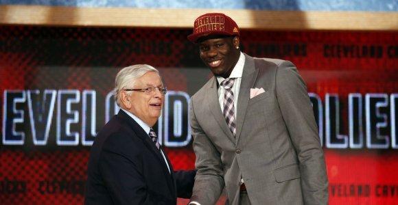 Dar vienas šansas: buvęs pirmasis biržos numeris grįžta į NBA