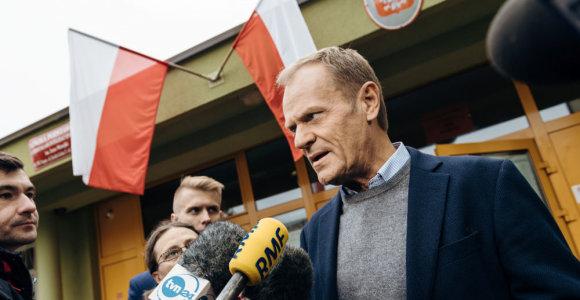 Donaldas Tuskas paskelbė nesieksiantis Lenkijos prezidento posto