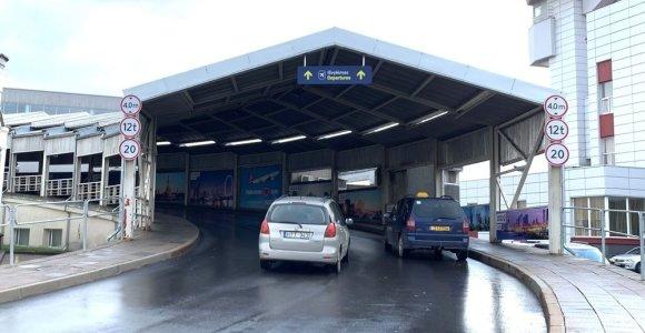 Keičiasi tvarka, kaip išleisti keleivius Vilniaus oro uoste
