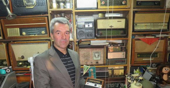 Vilkaviškiečio namuose – gausios mobiliųjų telefonų ir radijo aparatų kolekcijos