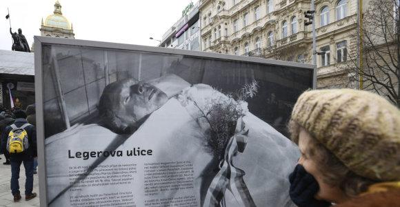 Čekai pagerbė prieš 50 metų susideginusį studentą