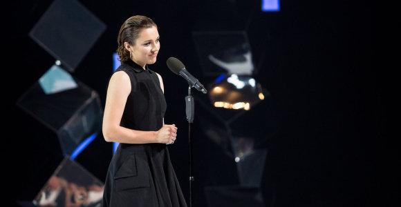 """Atvirą kritiką """"gervių"""" scenoje išsakiusi Aistė Diržiūtė: """"Neslėpsiu, bijojau, bet buvo verta"""""""