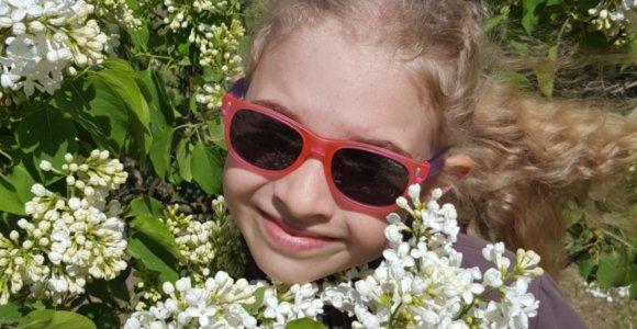 Išgirdę 8-metės dukters diagnozę tėvai nustėro: Lietuvoje gydymo nėra