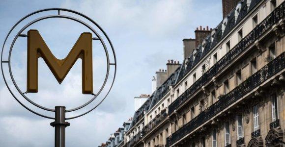 Paryžiaus metro rengiasi laipsniškai atsisakyti popierinių bilietų