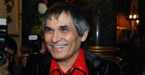 Rusijos prodiuseris Baris Alibasovas atsidūrė ligoninėje: atsigėrė skysčio vamzdžiams valyti