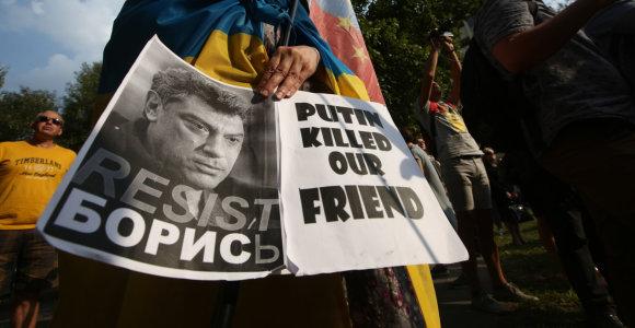 A.Navalnas ragina aktyviai dalyvauti B.Nemcovo nužudymo metinėms paminėti skirtame marše