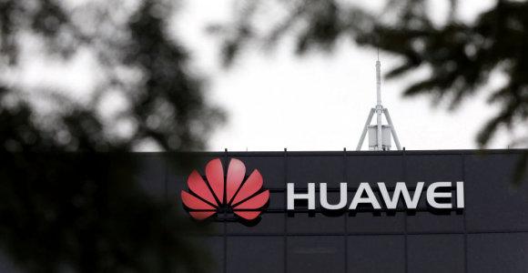 """Filipinai nepabūgo pasitelkti """"Huawei"""" technologijų"""