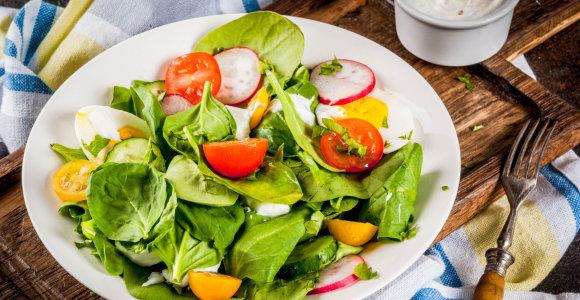 Gaiviai vakarienei – lengvi patiekalai su smidrais, ridikėliais ar špinatais