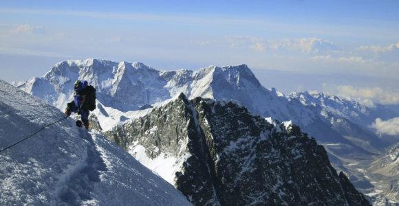 Testas: ar žinote patį aukščiausią kiekvieno žemyno kalną?