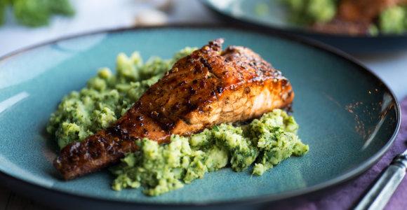 Žuvies patiekalas – vos per pusvalandį: 10 receptų mažiems ir dideliems