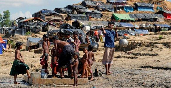 Bangladeše netoli pabėgėlių stovyklos nušauti septyni rohinjai