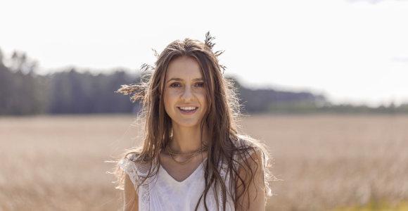 """Ieva Zasimauskaitė kasdien 2 valandas kartoja mantrą: """"Be jos nebūčiau """"Eurovizijos"""" scenoje"""""""