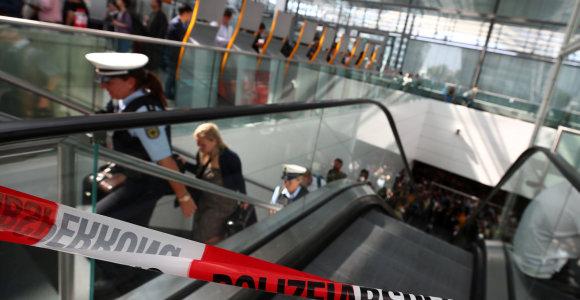 Miuncheno oro uoste sulaikytas pasų kontrolę apėjęs keleivis